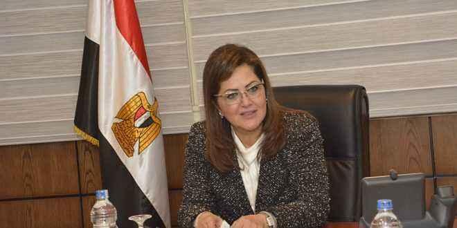 وزيرا التخطيط والصناعة يتفقدا أعمال التطوير بمشروع المنتجات البدوية والتراثية في قنا