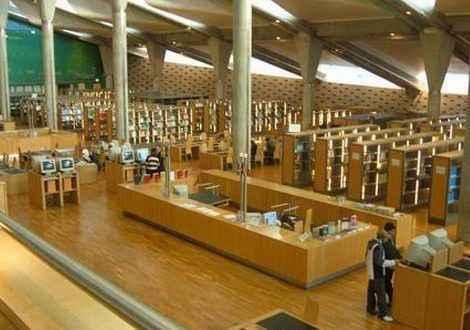 """""""كنائس وأديرة اﻹسكندرية اﻵثرية"""" في محاضرة بمكتبة الإسكندرية"""