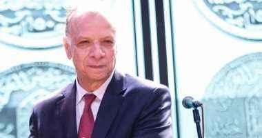 محافظ القاهرة يطمئن على سير العملية الانتخابية ويؤكد إيجابية مشاركة المواطنين