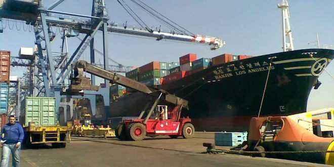 تداول 31 سفينة بضائع عامة وحاويات بموانيء بورسعيد