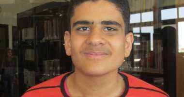 محمد ربيع من ذوى الاحتياجات ببورسعيد يحفظ القرآن بالقراءات العشر
