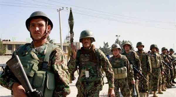مقتل 23 مسلحا من تنظيم (داعش) في عمليات متفرقة للجيش الأفغاني شرق البلاد