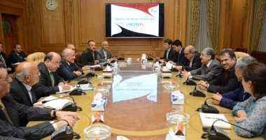 وزيرا الإنتاج الحربى والكهرباء يبحثان إقامة أبراج التيار بالتعاون مع الصين