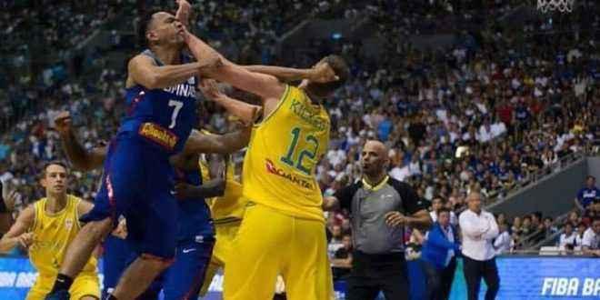 شجار عنيف بين لاعبي الفلبين واستراليا خلال تصفيات كاس العالم لكرة السلة
