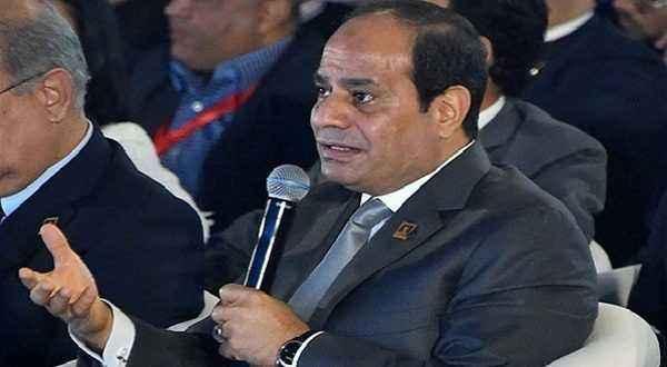 «السيسي» يشاهد فيلما تسجيليا عن جهود تحسين قطاع الكهرباء في مصر