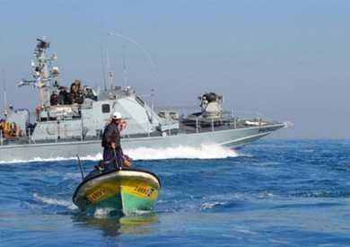 البحرية الإسرائيلية تعتقل 4 صيادين قبالة بحر غزة