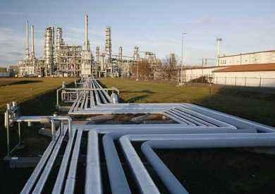 «البترول»: الانتهاء من مشروع إنشاء خط أنابيب «نورس-أبو ماضي-الجميل» أواخر 2018