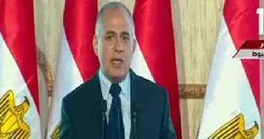 وزير الرى يصل السودان للمشاركة باجتماع الهيئة الفنية المشتركة لمياه النيل