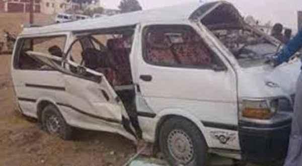 وصول 7 مصابين تابعين لـ مصر الخير إلى مستشفى العريش بعد انقلاب ميكروباص