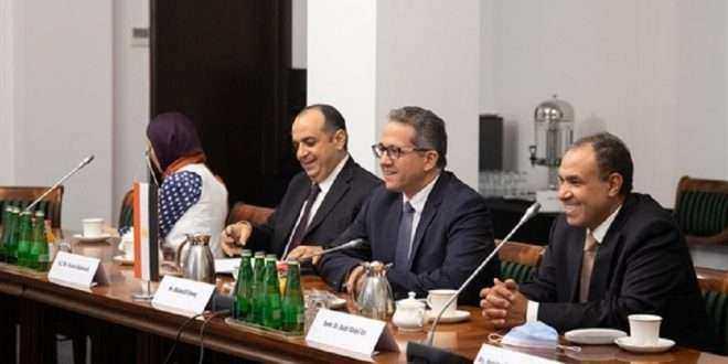 وزير السياحة والآثار يلتقى بنظيره البولندى لمناقشة سبل دفع الحركة السياحية والترويج السياحي لمصر داخل بولندا